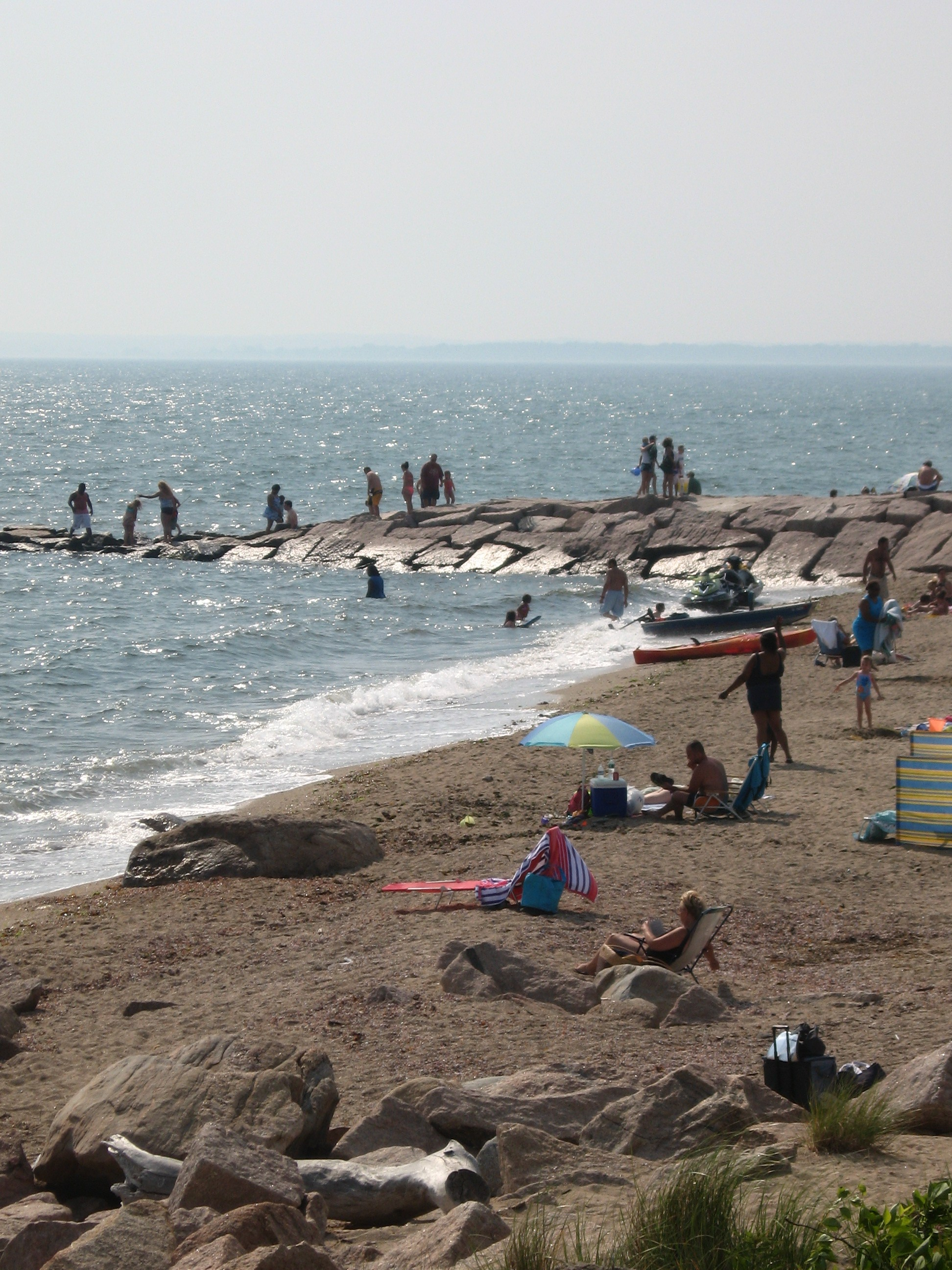 Connecticut beaches closed more than ever in 2011 green for Beach towns in connecticut