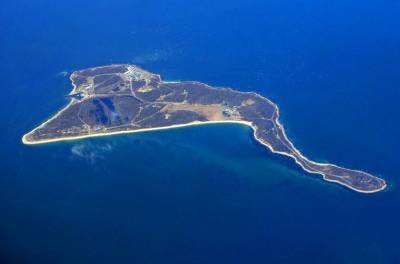 Aerial view of Plum Island Photo: Wikimedia Commons