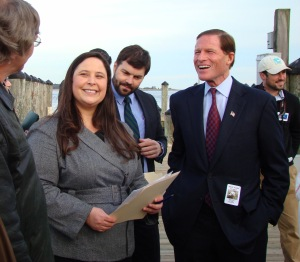 Senator Blumenthal joins Save the Sound's Leah Lopez Schmalz and other advocates at a press conference about the importance of preserving Plum Island. The press conference preceded public hearings in Old Saybrook, CT and Greenport, Long Island, at which many members of the public, the Connecticut and New York environmental communities, and elected officials spoke out to ask the federal government to conserve the island.