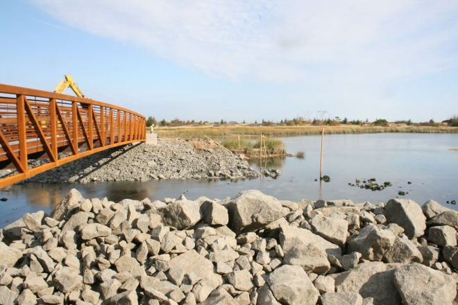 The new bridge was constructed in October 2013.