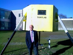 SUNYLAB Undersea Laboratory, alongside SUNY-Stony Brook's Engineering College, and Steve Resler, SUNYLAB's former Diving Officer